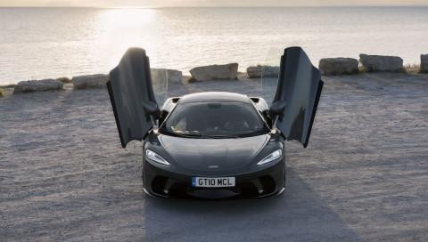 Vier gewinnt: McLaren GT, Range Rover Vogue P400, Jaguar XF und Hyundai i10 im Test