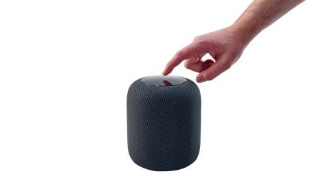 """Smart Speaker im Test: Warum kein einziges der 12 Geräte ein """"Gut"""" bekam"""