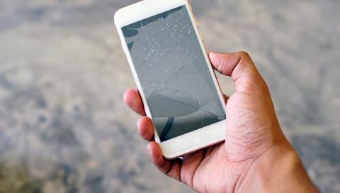 Stiftung Warentest: Smartphone-Reparaturdienste – nur einer arbeitet einwandfrei
