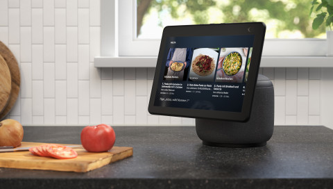 Amazon Echo Show 10: Ein Smart Speaker getarnt als Überwachungskamera