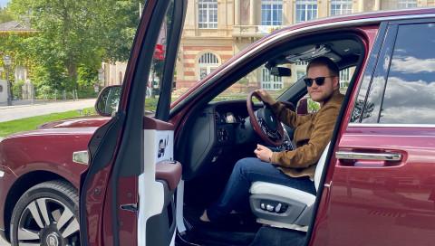 Rolls-Royce Cullinan im Test gegen ein Wohnmobil: Wo reist es sich luxuriöser?