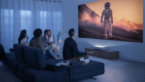 Samsung präsentiert neuen 4K-Ultra-Kurzdistanz-Projektor The Premiere