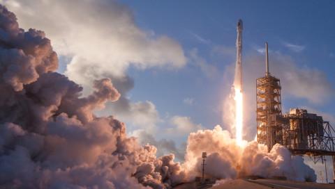 Wie die Trump-Regierung der privaten Raumfahrt hilft