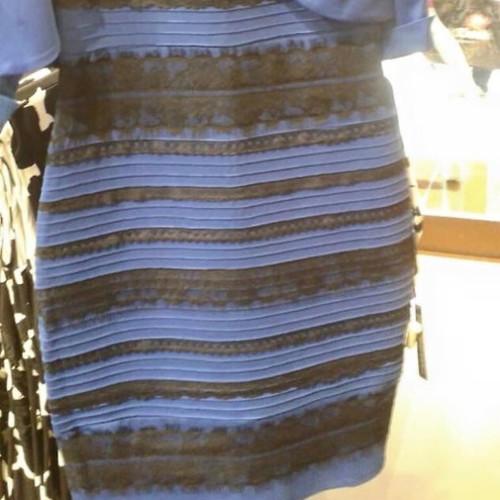 Blau Gold Kleid