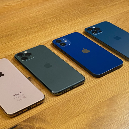 Apple-Upgrade: Ja oder Nein? : iPhone 12 im Vergleichstest: Für wen lohnt sich der Kauf?