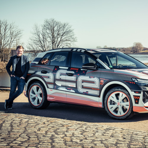 Audi Q4 e-tron: Blick in den Innenraum – noch vor Weltpremiere!