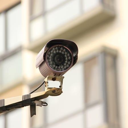 Chinas Überwachungs-KI erkennt Menschen jetzt am Gang | WIRED Germany