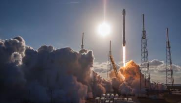 SpaceX will der Welt Internet bringen