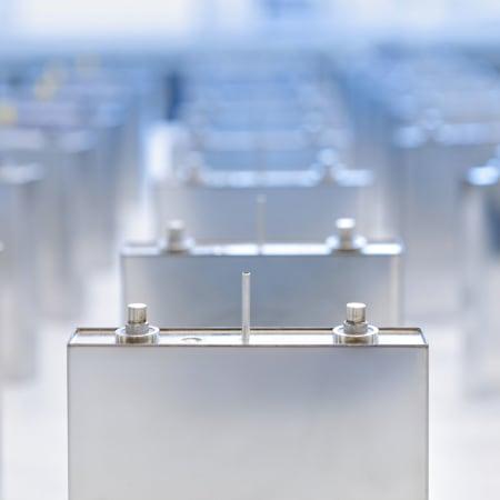 Mit dieser Batterie wollen ein geheimnisvolles Start-up und ein russischer Milliardär unser Energieproblem lösen   WIRED Germany