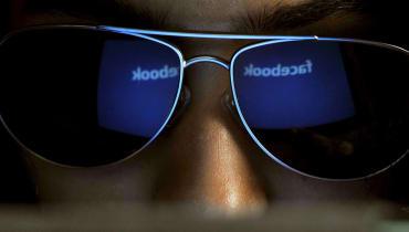 Künftig könnte eine Maschine entscheiden, was wir auf Facebook posten