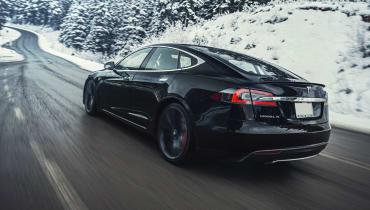 Tesla: Mehr Autos durch weniger Farben?