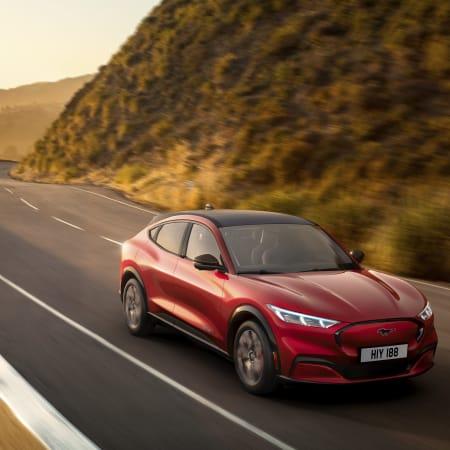 Auto : Ford Mustang Mach-E: Neuer Elektro-SUV von Ford