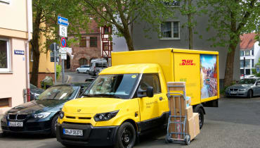 Die E-Transporter der Deutschen Post liefern jetzt Milch aus