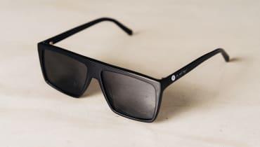 Genervt von allgegenwärtigen Smartphones, Laptops und Fernsehern? Diese Brille ist ein Bildschirm-Blocker.