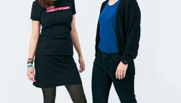 Die Programmiererinnen Fiona Krakenbürger und Julia Kloiber hacken den Code deutscher Städte