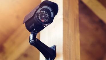App von Sicherheitskamera streamt Bilder aus der falschen Wohnung