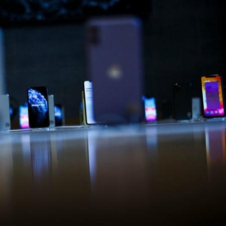 Apple News : Kommt das iPhone 2020 im Retro-Look?
