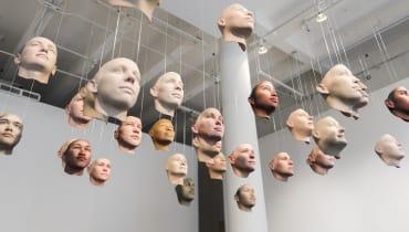 Wie aus einer Speichelprobe 30 DNA-Masken von Chelsea Manning wurden