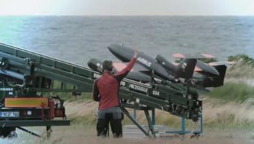 Airbus hat an der Ostsee-Küste einen militärischen Drohnen-Schwarm getestet