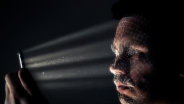 Ein simpler Foto-Filter kann verhindern, dass eine KI Gesichter erkennt