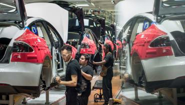 Verhindert Elon Musk die Gewerkschaft für Teslas Fabrikarbeiter?
