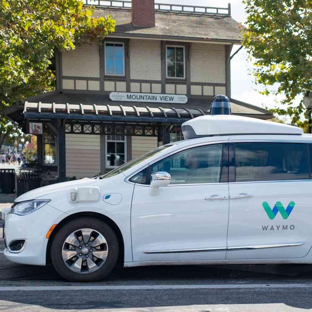 Waymo One: Der erste autonome Taxidienst ist gestartet | WIRED Germany