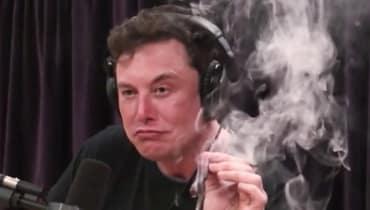 Der kiffende Elon Musk hat SpaceX und Boeing nun eine NASA-Untersuchung eingebrockt