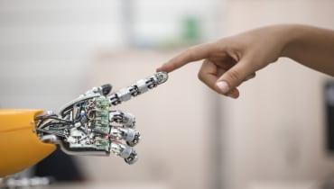 """""""Roboter müssen menschenfreundlicher werden"""""""