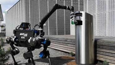 Dieser Schweizer Roboter entsorgt Müll – und tanzen kann er auch