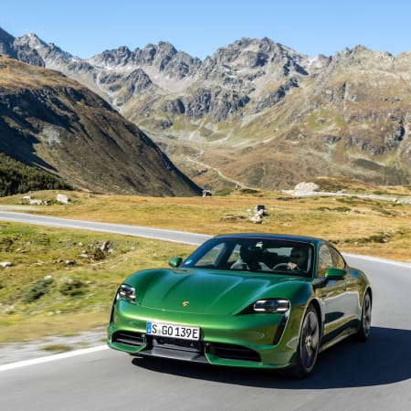 Fahrbericht : Beschleunigungs-Maschine Porsche Taycan: Catch me if you can!