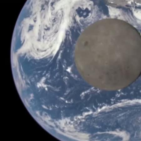 Als der Mond die Erde fotobombte   WIRED Germany