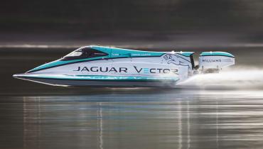 Jaguar bricht Weltrekord für Elektroboote