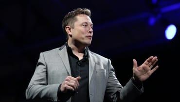 Elon Musk lässt seinen Cyborg-Worten jetzt Taten folgen