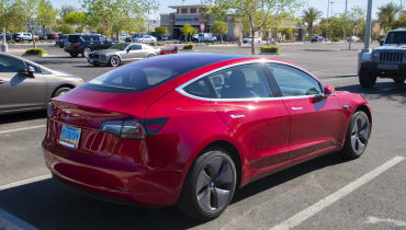 Teslas Model 3 bekommt doch eine gute Bewertung