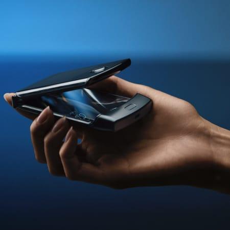 Technik : Neuauflage eines Kulthandys: Motorola hat das Razr als Falt-Smartphone vorgestellt