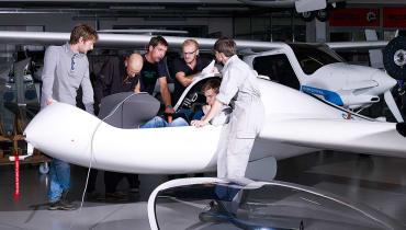 Los geht's für das erste Brennstoffzellen-Passagierflugzeug Hy4