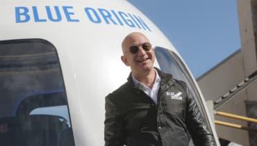 Blue Origin: Jeff Bezos will 2019 Touristen ins All bringen