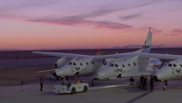 Virgin Galactic will bald erste Touristen ins All fliegen