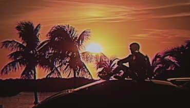 Michael Fassbender unterschreibt für Kung Fury