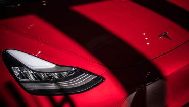 Tesla bietet Autos nicht mehr mit Funktion zum selbstständigen Fahren an