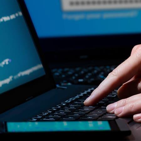 Ein neuer Virus verbreitet sich über den Facebook Messenger | WIRED Germany