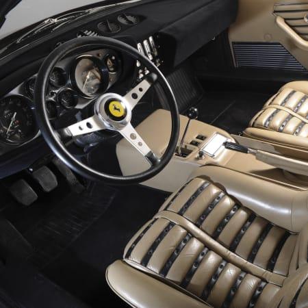 Teure Sammlerstücke : Autosammler versteckte 300 seltene Autos – bis jetzt