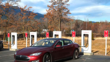 Tesla plant Zombie-sichere V3-Supercharger