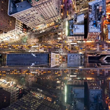 Diese Fotos machen schwindelig: Über den Dächern von New York und Tokio