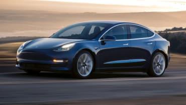 Die Tesla-Fabrik scheitert offenbar an zu vielen Robotern