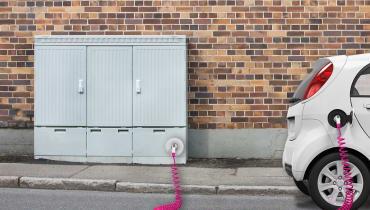 Die Telekom richtet Ladesäulen für Elektroautos ein