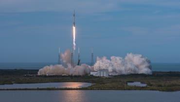 SpaceX bringt erneut eine Falcon 9 ins All
