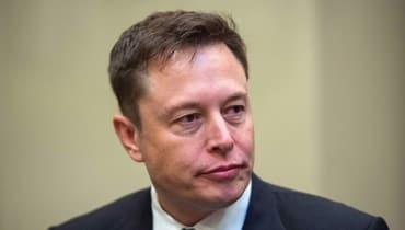 Elon Musk gehört jetzt noch mehr von Tesla