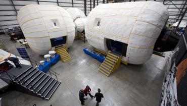 Das erste Weltraumhotel nimmt Reservierungen an