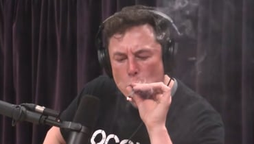 Elon Musk hat gekifft: Jetzt überlegt die Air Force, ob sie eine Untersuchung startet